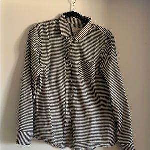Marine Layer grey and white button down shirt